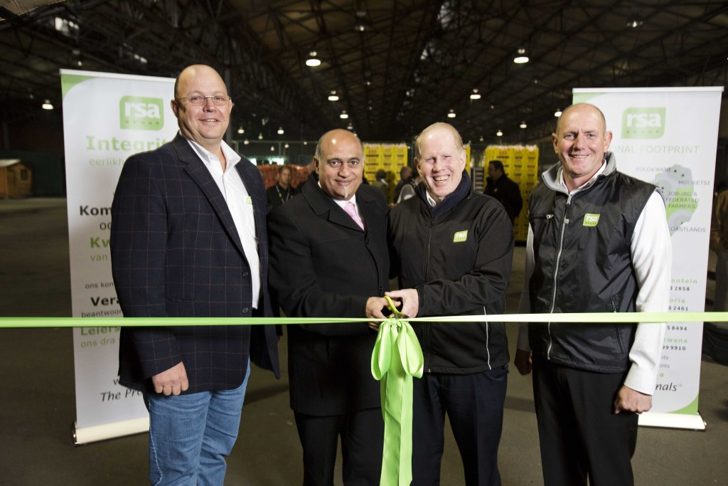 Ribbon cutting with Johan Koen RSA Groep, Dr Anwah Nagia Cape Town Market, Peter Misselbrook  RSA, Jaco Oosthuizen RSA